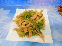 青椒炒素鸡翅的做法步骤11