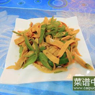 青椒炒素鸡翅