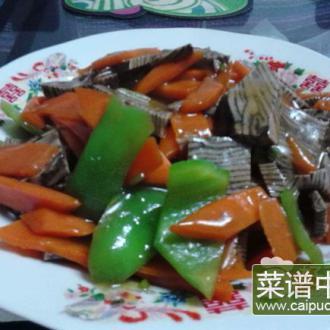 胡萝卜炒千层