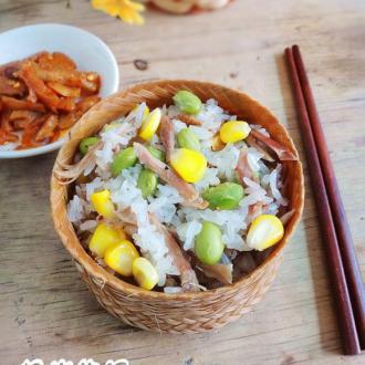 竹筒糯米饭