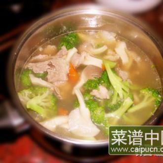 蘑菇蔬菜小火锅