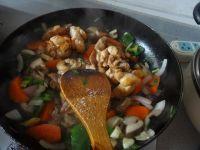 胡萝卜香菇煸鸡翅的做法步骤13