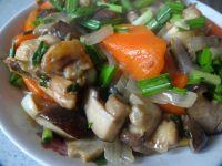 胡萝卜香菇煸鸡翅的做法步骤14