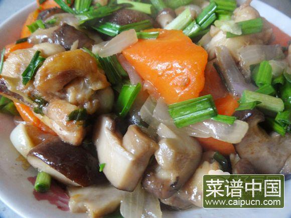 胡萝卜香菇煸鸡翅