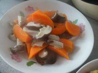 胡萝卜香菇煸鸡翅的做法步骤10