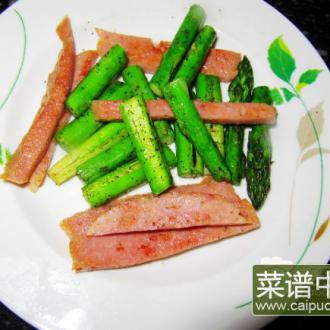 煎香肠芦笋