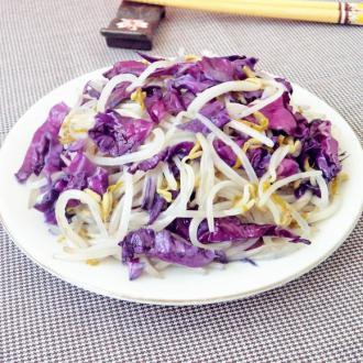 紫甘蓝炒银芽