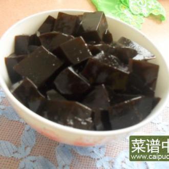 自煮黑凉粉