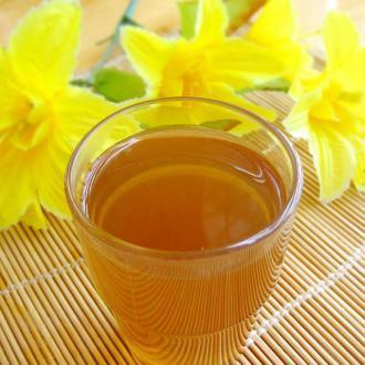 土茯苓祛湿热凉茶