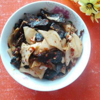 腊牛肉炒杏鲍菇