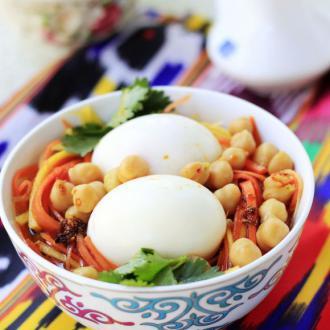 鹰嘴豆煮拌鸡蛋