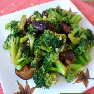 蒜蓉香菇西兰花