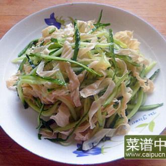 黄瓜丝拌豆筋