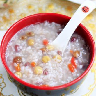 鹰嘴豆葡萄干粥