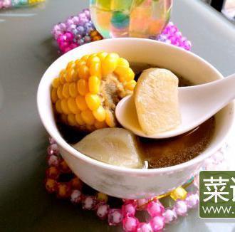 雪莲果玉米排骨汤
