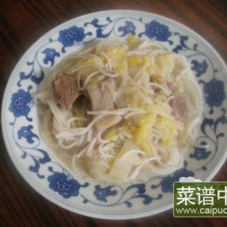 羊肉大白菜煮粉干