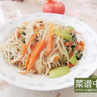 胡萝卜青菜炒粉干