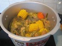 霸王花煲猪骨汤的做法步骤10