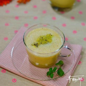 猕猴桃雪梨橙汁