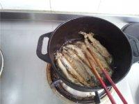 干炸多春鱼的做法步骤9