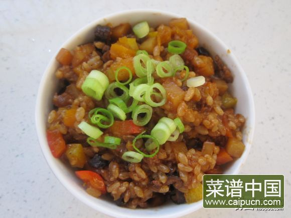 花样焖米饭