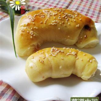 奶酪草莓酱面包