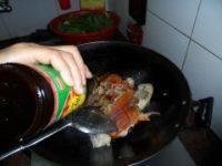 姜葱炒肉蟹的做法步骤9