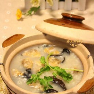 蛤蜊肉砂锅粥