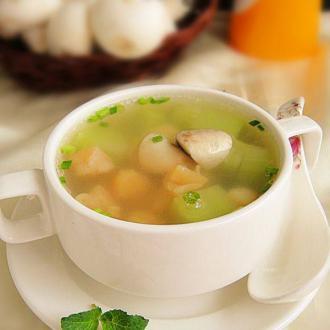蘑菇莴笋干贝汤