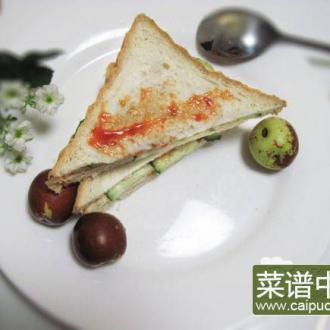 黄瓜火腿三明治