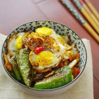 豆豉尖椒炒荷包蛋