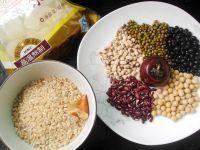 五豆糙米甜粥的做法步骤1