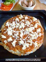 """金枪鱼披萨——土""""豆""""丝饼底的做法步骤14"""
