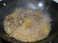 云南小瓜炒牛肉的做法步骤9