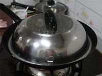云南小瓜炒牛肉的做法步骤6