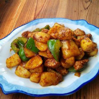 咖喱土豆猪肉