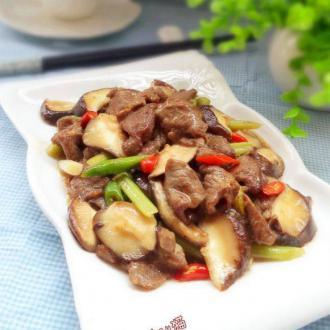 鲜冬菇炒牛肉
