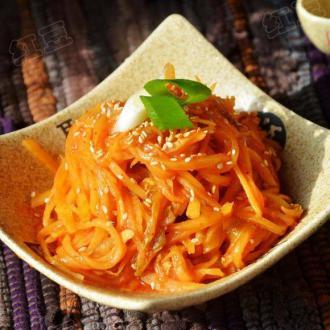 韩式泡菜炒土豆丝