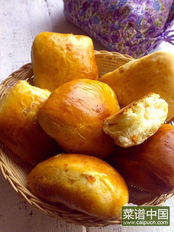 牛奶杏干面包