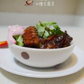 虾干蚝豉焖鲜鱿