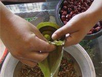 高粱米红枣粽子的做法步骤9