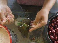 高粱米红枣粽子的做法步骤17