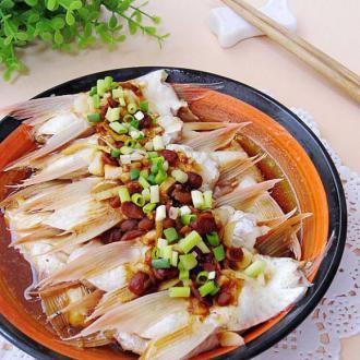 黄豆酱蒸鱼腩