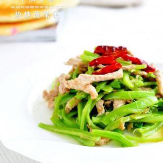 炝炒菠菜梗