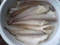 红烧凤尾鱼的做法步骤1