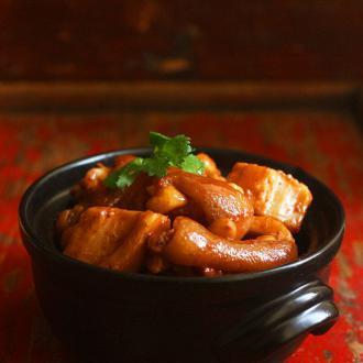 南乳莲藕焖猪手
