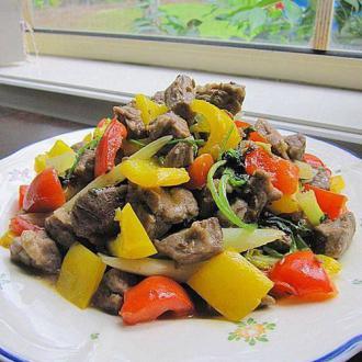 彩椒香菜炒羊肩肉
