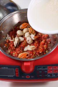 海鲜烩饭的做法步骤2