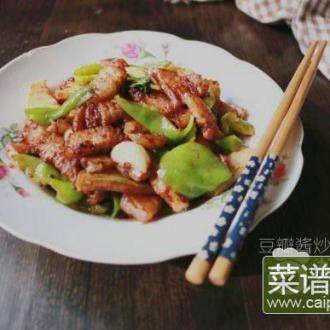 豆瓣酱皱皮椒炒肉