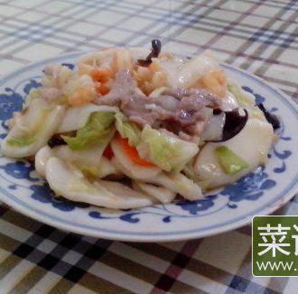 虾仁肉丝杂蔬炒白粿